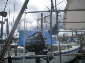 rotating davit crane for outboard motor
